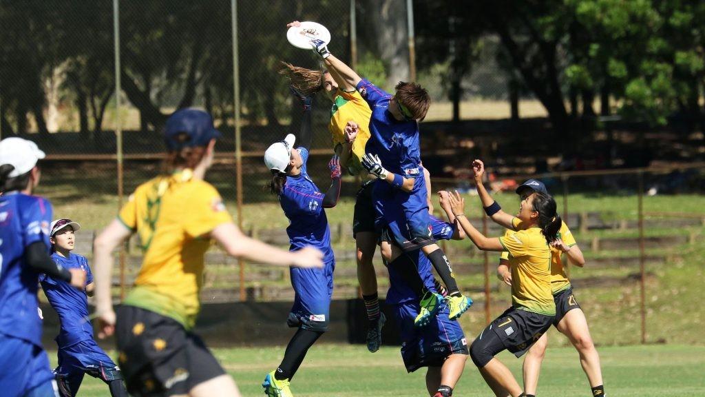 7人制のチームスポーツであるアルティメット