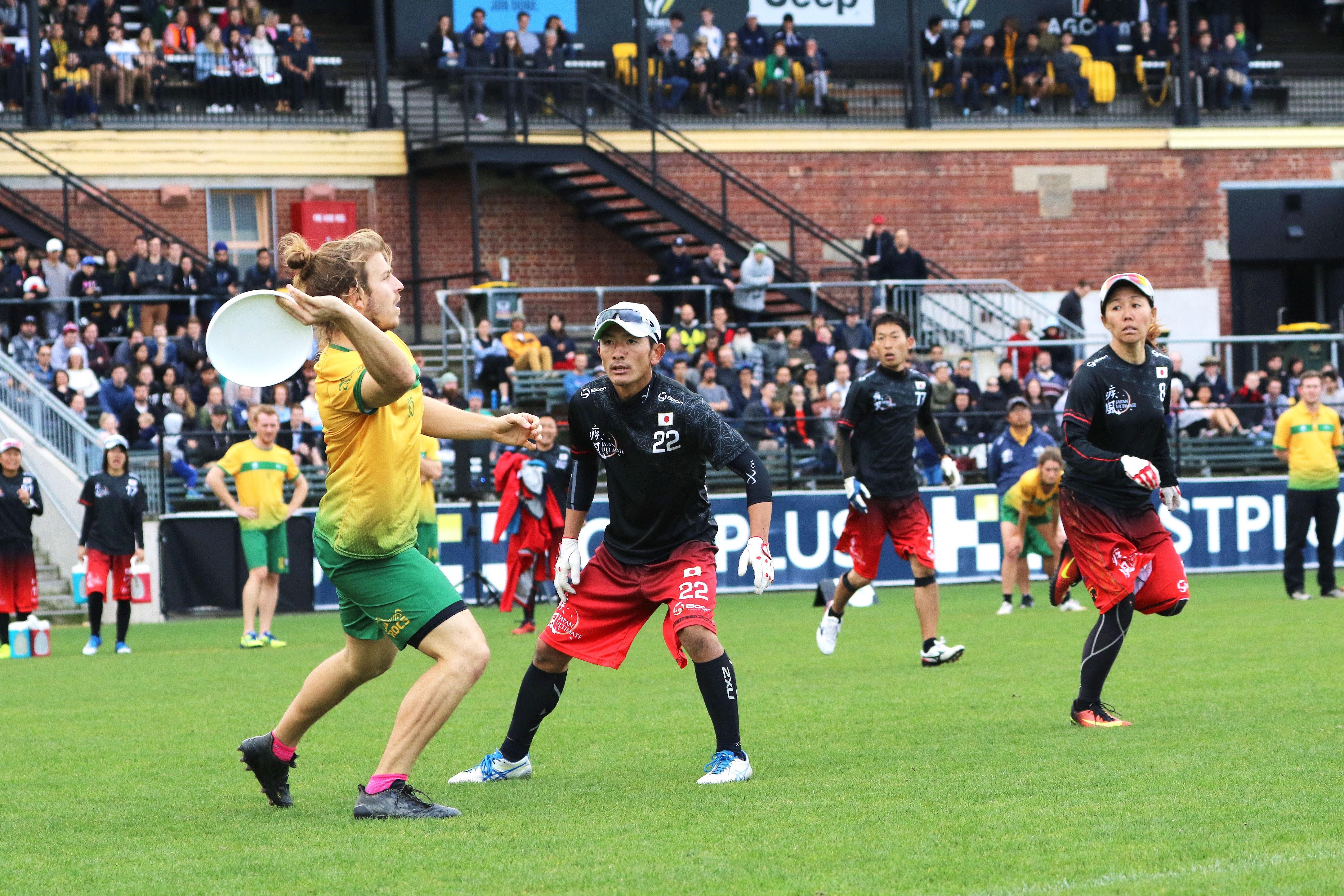 2017年に行われたオーストラリア代表との国際親善試合の様子。